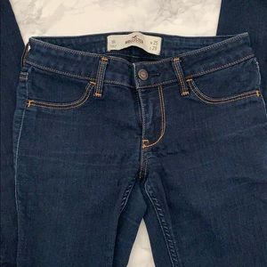 SUPER SKINNY dark blue jeans!